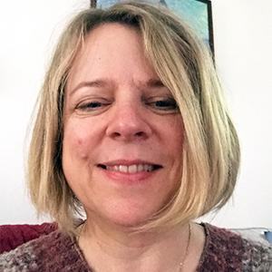 Glasgow School of Shiatsu teacher Lisa Snelling